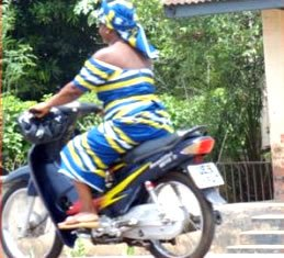 Law Allows Only Women to Ride Motorcycles on MOTORESS
