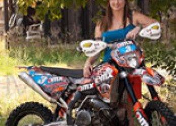 Victoria Hett World Enduro Motorcycle Dream Taker