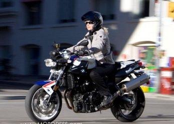 BMW F800R Chris Pfeiffer Replica Ride Review