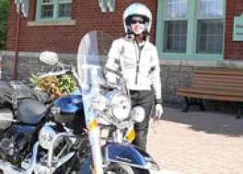 Riding Lake Temiskaming on Harley-Davidson Road King Classic