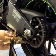 How to Clean and Lube Your Motorcycle Chain on MOTORESS