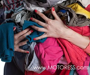 How To Clean and Lube Your Motorcycle Chain - MOTORESS