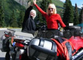 Women Riders Achieve BMW Motorcycle High Mileage Award!