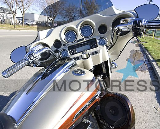 Harley-Davidson CVO Streetglide Ride Review on MOTORESS