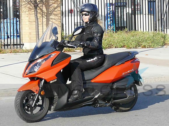 KYMCO 300i Maxi Scooter on Motoress