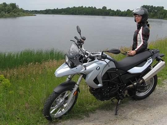 BMW F650GS Review Easy Ride, All-Round Funduro | Woman
