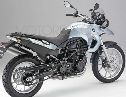 bmw f650gs review easy ride all round funduro woman motorcycle enthusiast magazine motoress. Black Bedroom Furniture Sets. Home Design Ideas