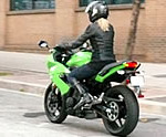 Kawasaki Ninja 400R On Motoress