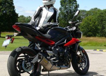 Triumph Street Triple R Ride Review -Total Satisfaction