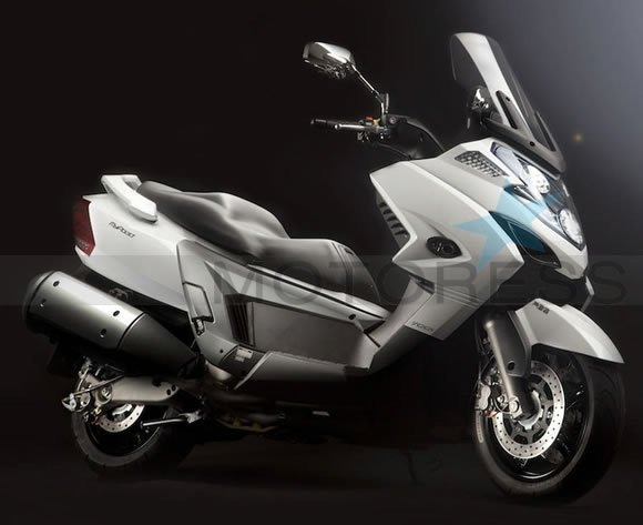 KYMCO MyRoad 700i on MOTORESS
