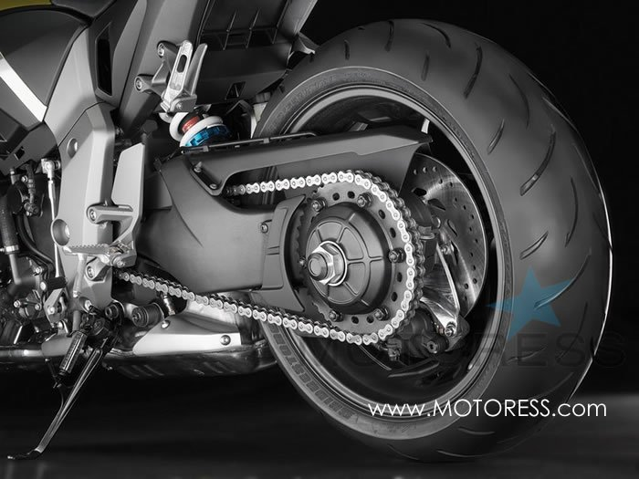Motorcycle Chain Maintenance and Care on MOTORESS