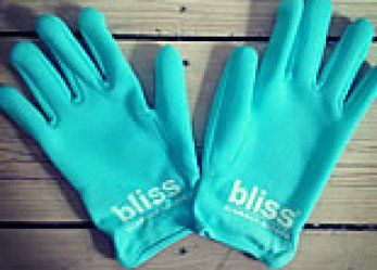 Bliss Glamour Gloves Apres Ride Treatment for Woman Rider Hands