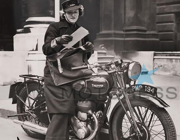 Women Dispatch Riders Wrens on MOTORESS