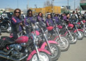 Las Guerreras Mexican Women on Motorcycles Find Bravery