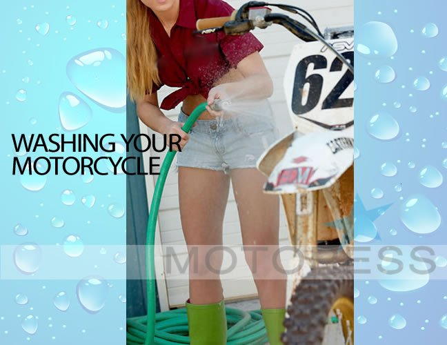 Washing your Motorcycle on Motoress