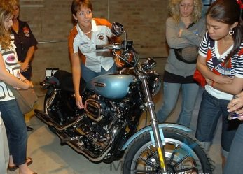 Harley-Davidson Garage Party for Women Who Want to Get Into Motorcycling