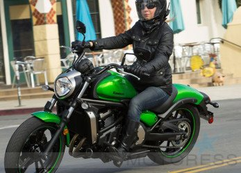 Kawasaki Vulcan S Sporty Cruiser Adjusts to Fit