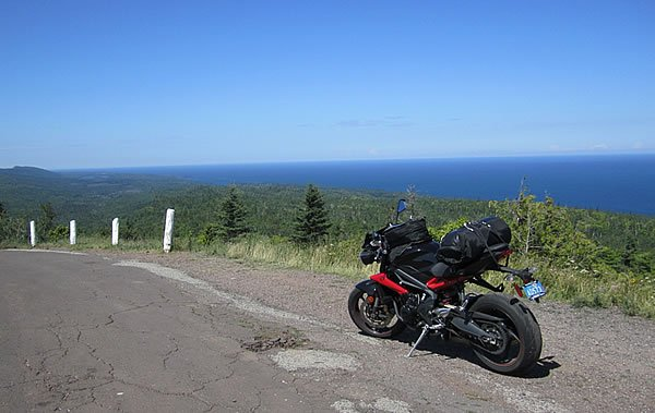 Ride Lake Superior - Epic Adventure on MOTORESS
