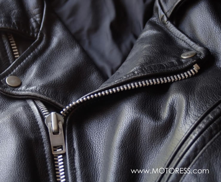 Clean Sunscreen Stains from Your Motorcycle Gear on MOTORESS