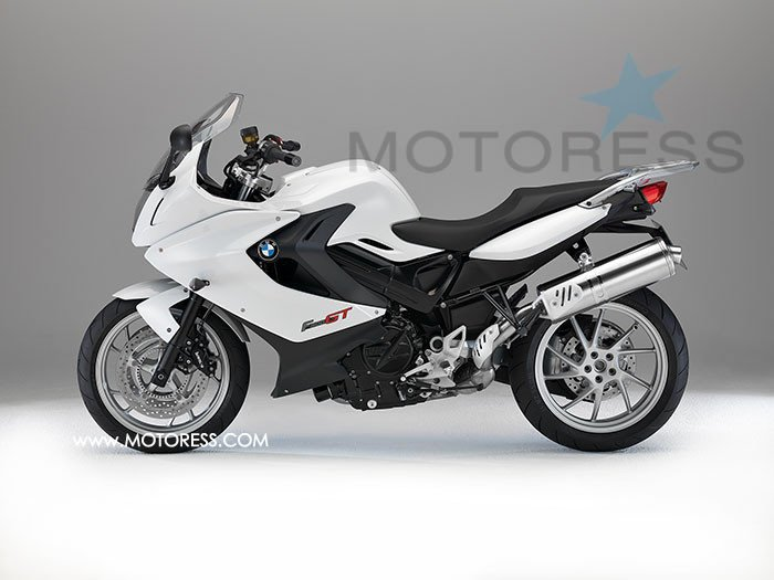 BMW F 800 GT Motorcycle Ride Review on MOTORESS