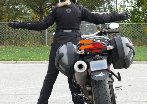 Walking Your Motorcycle – The Art of Manoeuvring