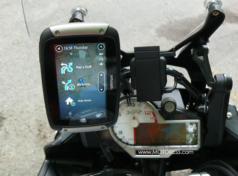 TomTom Rider 400 on MOTORESS