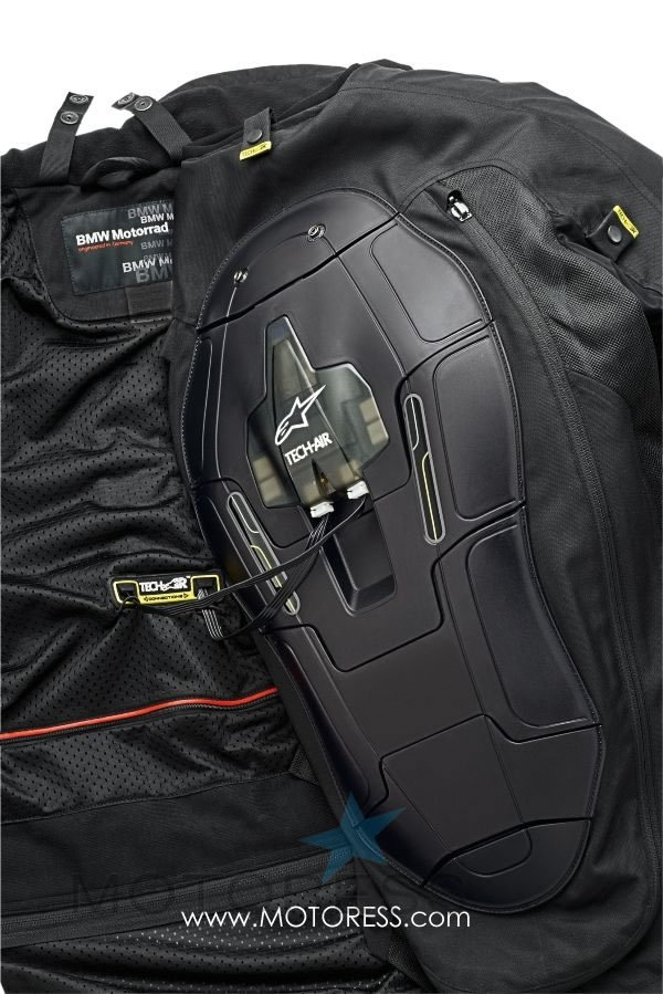 bmw motorrad street air motorcycle airbag jacket available. Black Bedroom Furniture Sets. Home Design Ideas