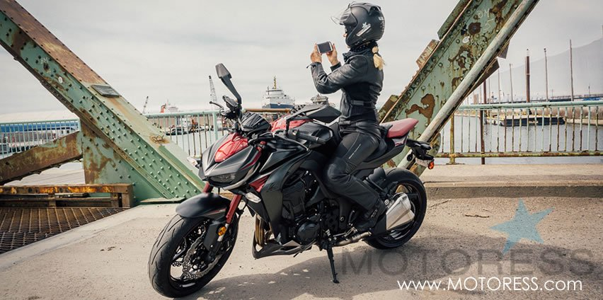 Kawasaki Z1000 ABS Review on MOTORESS