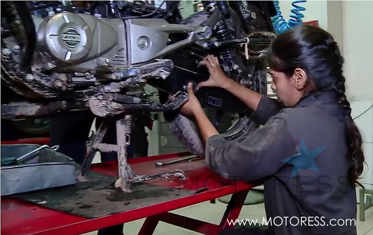 Bangladesh Government Training Women Motorcycle Mechanics - MOTORESS