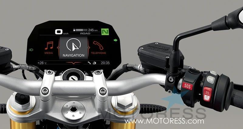 BMW Motorrad ConnectedRide - on MOTORESS
