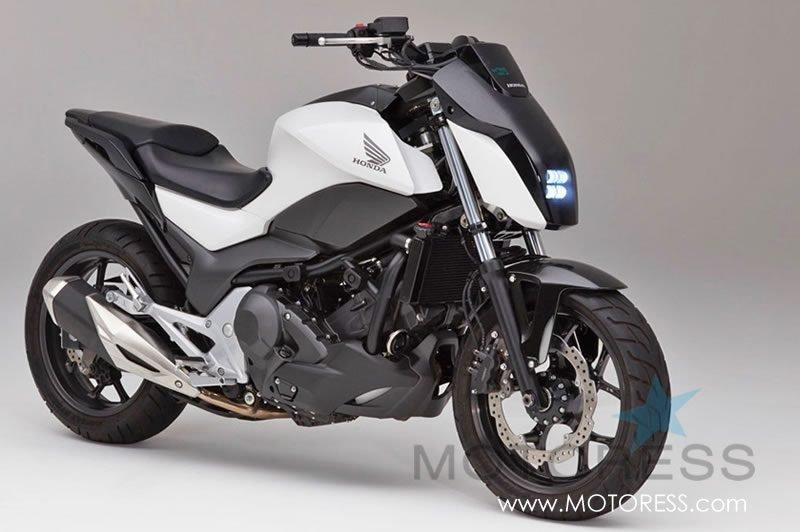 Honda Riding Assist Self Balancing Motorcycle - MOTORESS