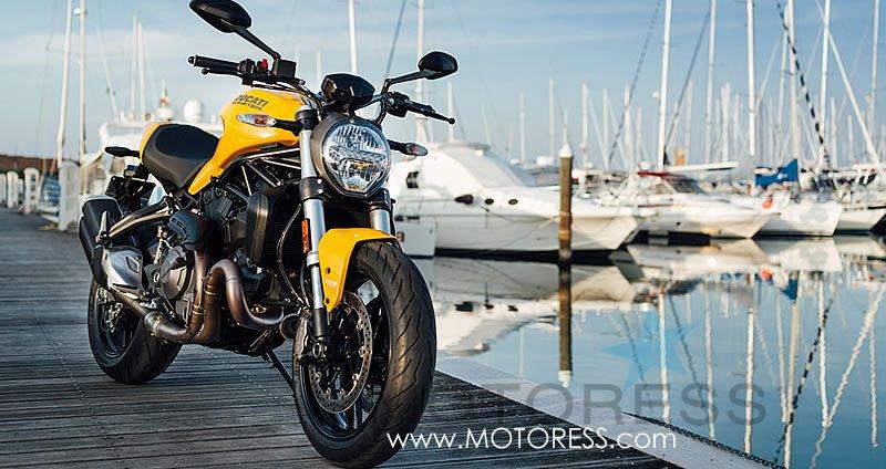 Ducati Monster 821 on MOTORESS.com