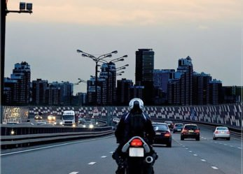 10 Key Approaches For Managing Risks When Riding On Expressways