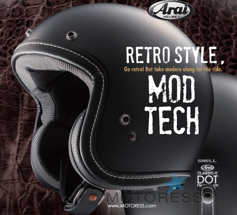 Arai Classic-V Helmet on MOTORESS