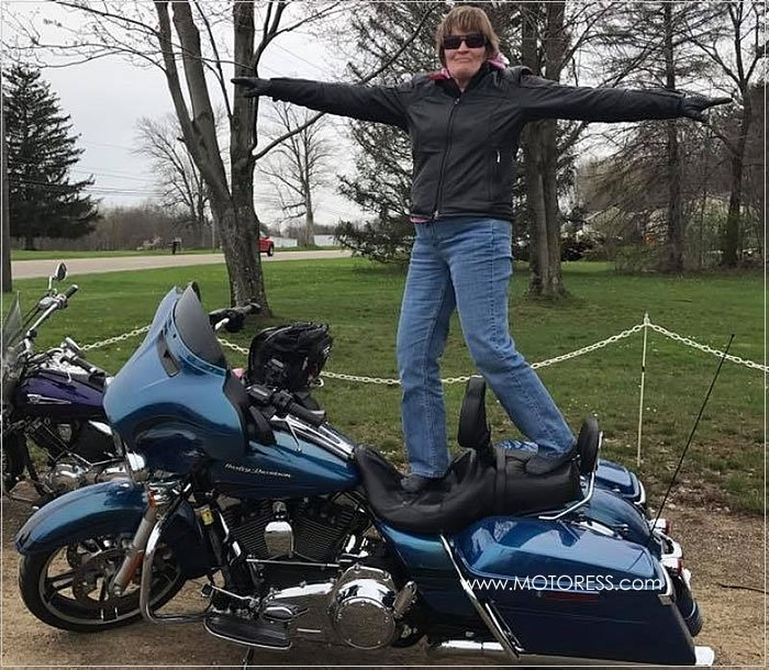 2018 International Female Ride Day Photo Contest Winner -MOTORESS
