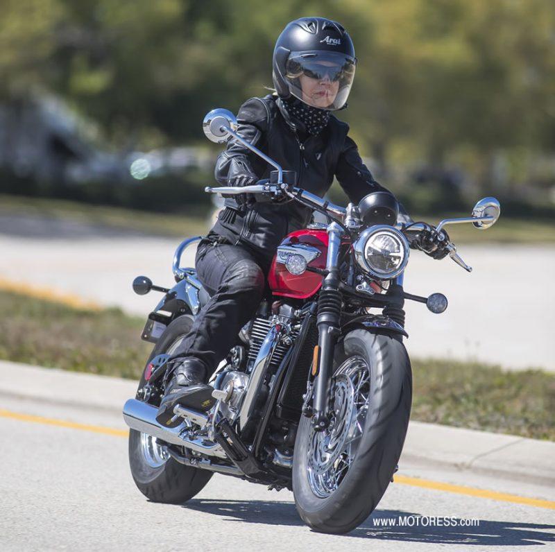 Triumph Bonneville Speedmaster - MOTORESS