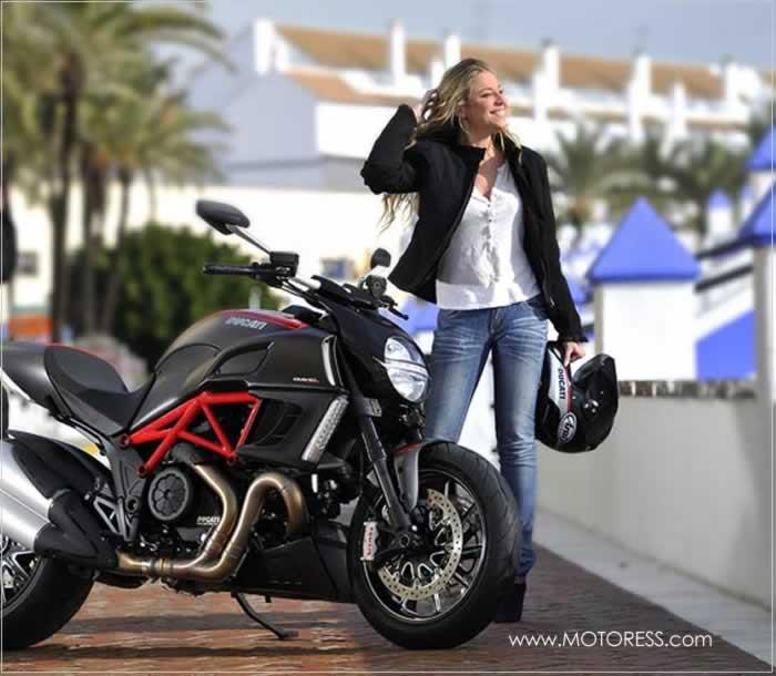 American Women Motorcycle Owners Increase - MOTORESS