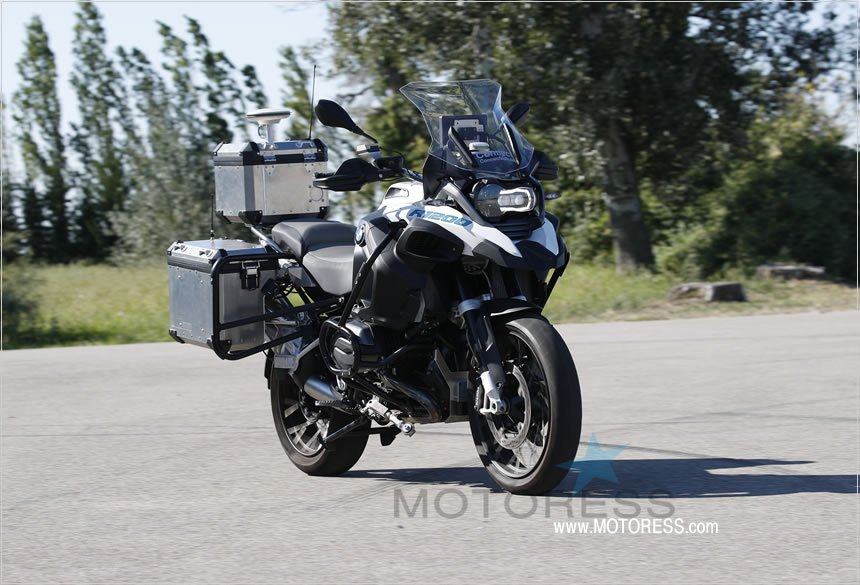 BMW Self Driving Autonomous Motorcycle - The Motoress