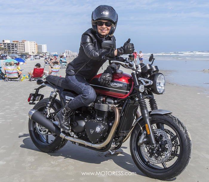 2019 Triumph Speed Twin - The MOTORESS