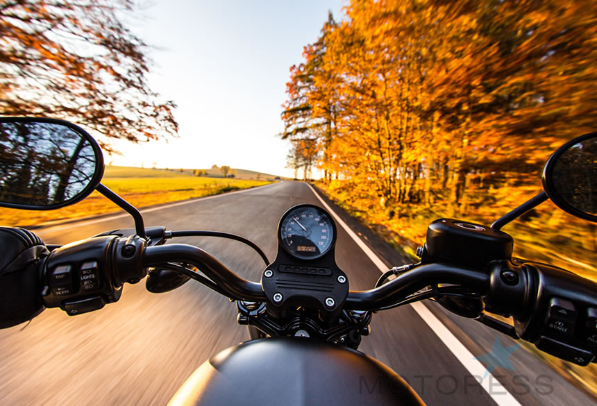 13 Things That Make For Great Autumn Motorcycle Rides - The Motoress - Vicki Gray